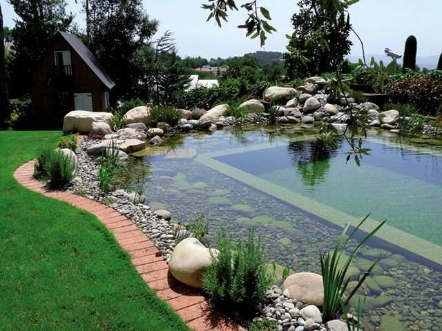 Peyzaj elemanları biyolojik gölet